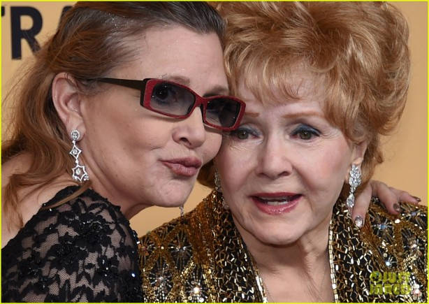 debbie-reynolds-shares-update-carrie-fisher-death-10